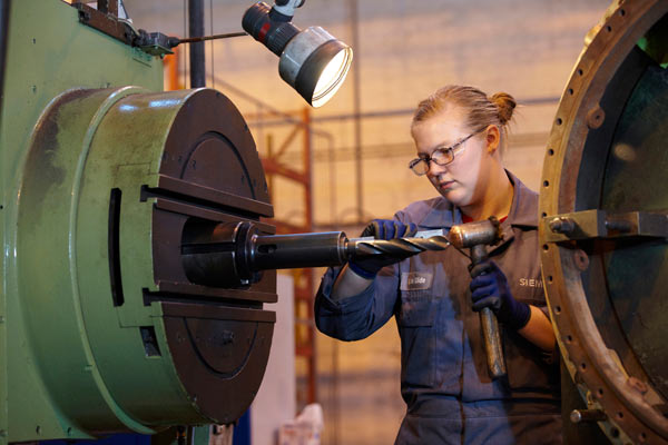 female engineer in Siemens factory by Janie Airey photographer